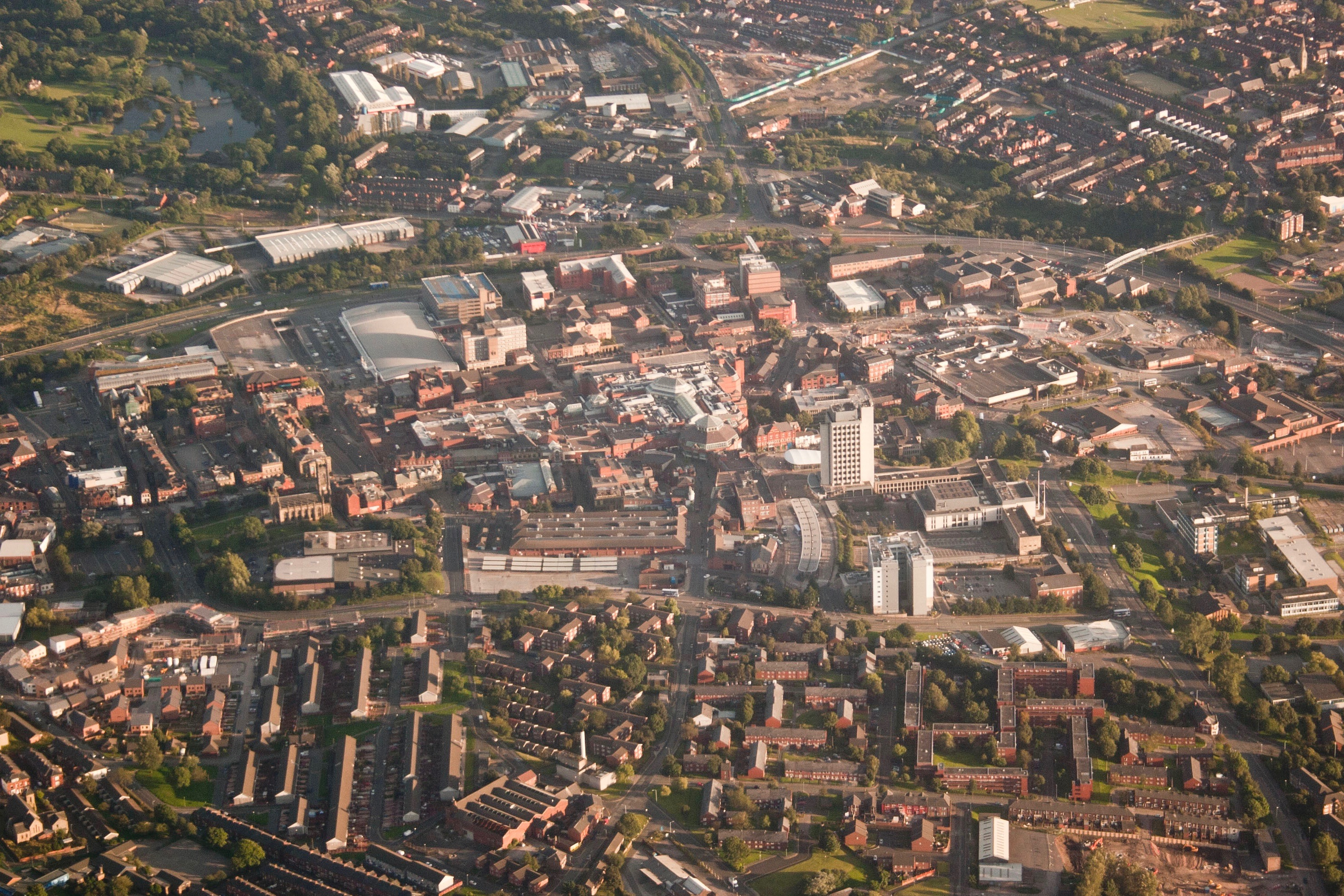 Oldham town centre, aerial view from north -- Wikimedia Commons