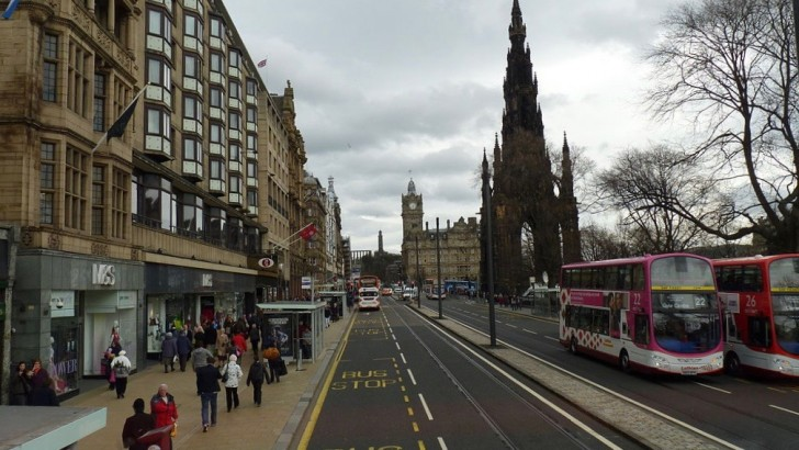 Edinburgh: planning shake-up could allow leisure on Princes Street
