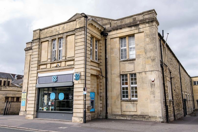 The Scala building, Oldfield Park, Bath (photo by Artur Lesniak)