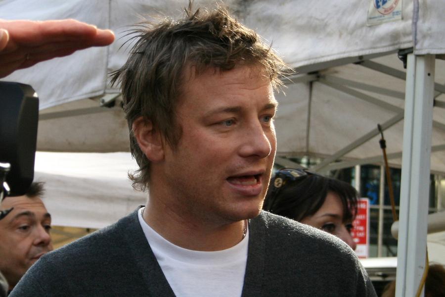 Jamie Oliver - Wikimedia Commons