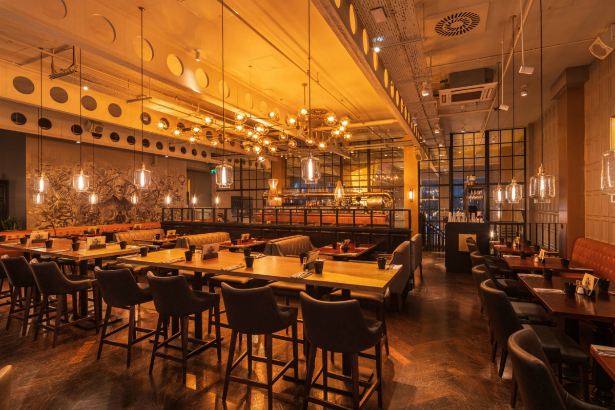 The Alchemist bar and restaurant (Bevis Marks, London)