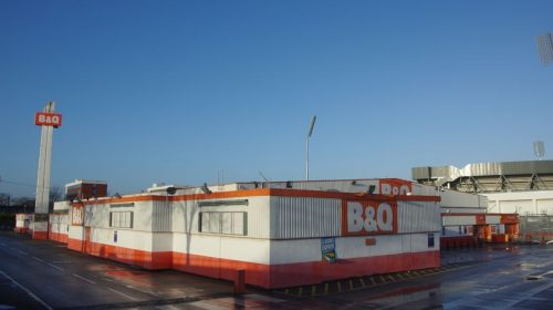 The former B&Q site on Great Stone Road closed in 2016 (Image: Adam Bruderer, Flikr)