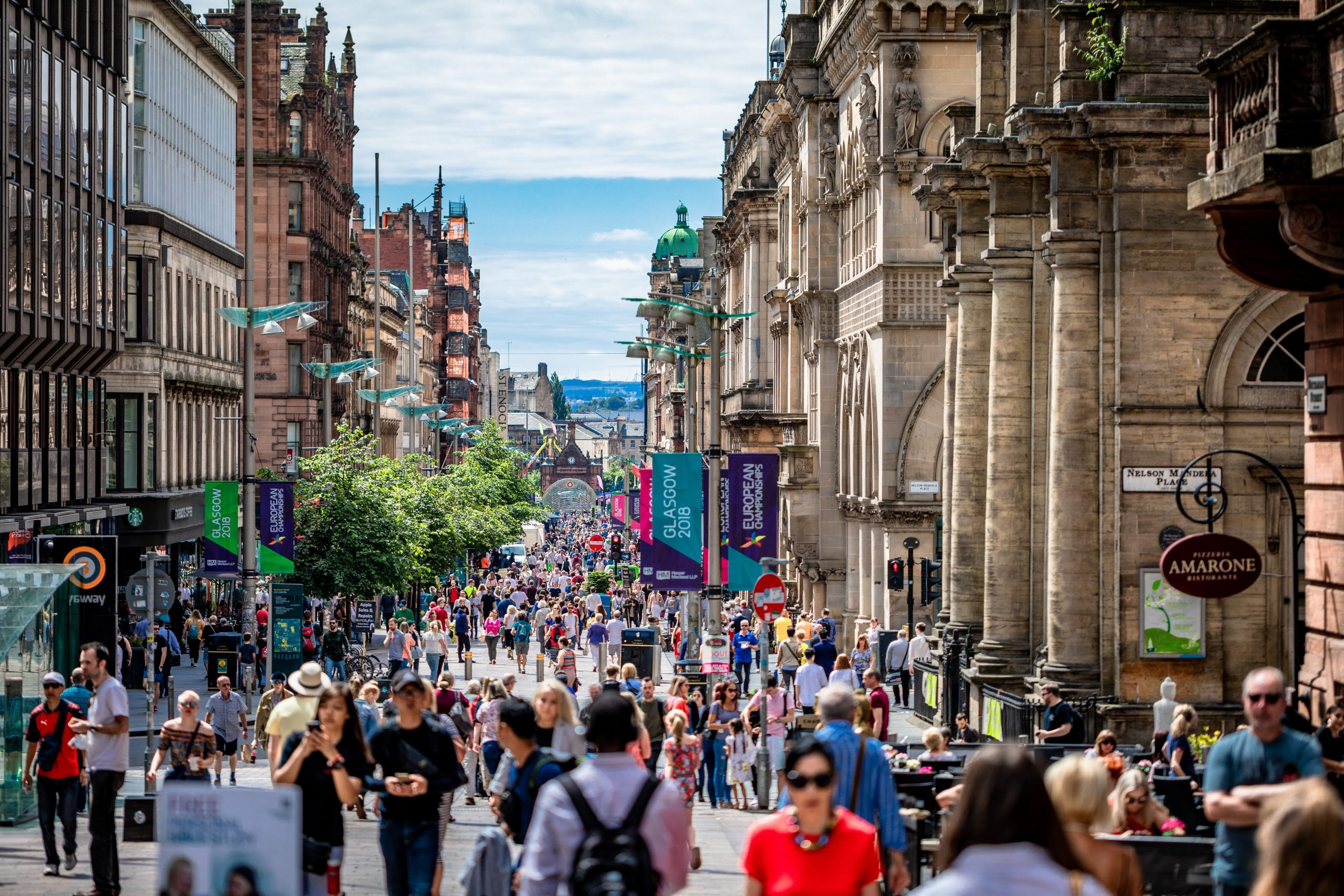 Glasgow high street Photo by Artur Kraft on Unsplash