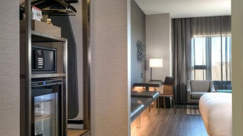A room in AC Hotel Boston North (Marriott)