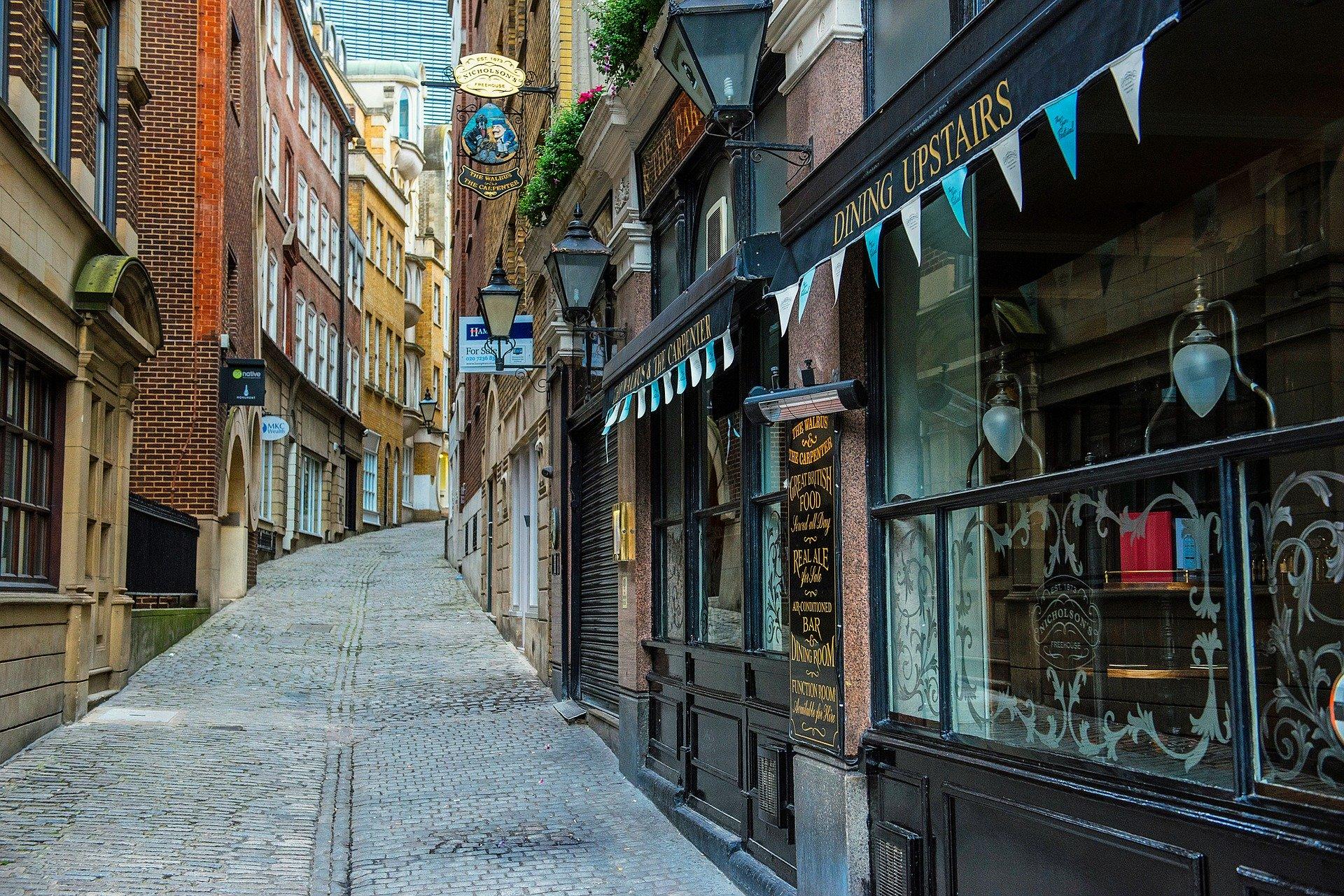Lovat Lane, London, by David Mark on Pixabay