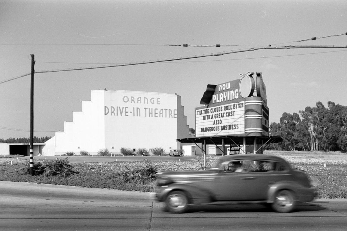Orange Drive-In Theatre, photo: Wikimedia Commons