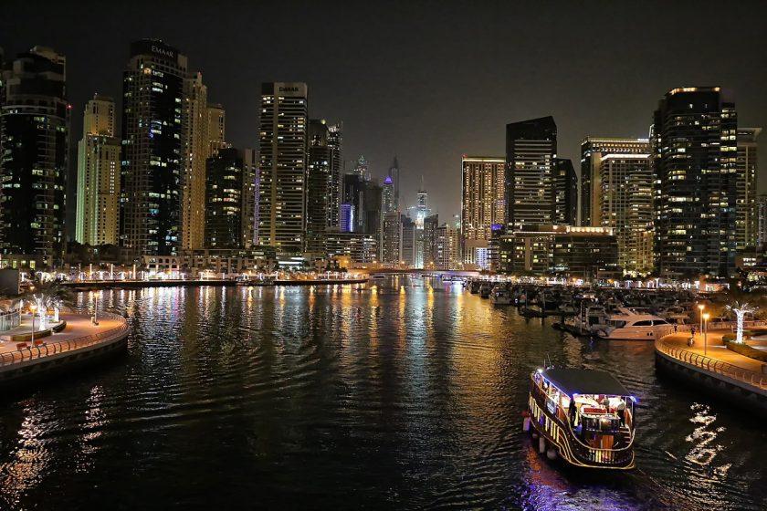 Dubai Marina night view. Photo Wikimedia Commons