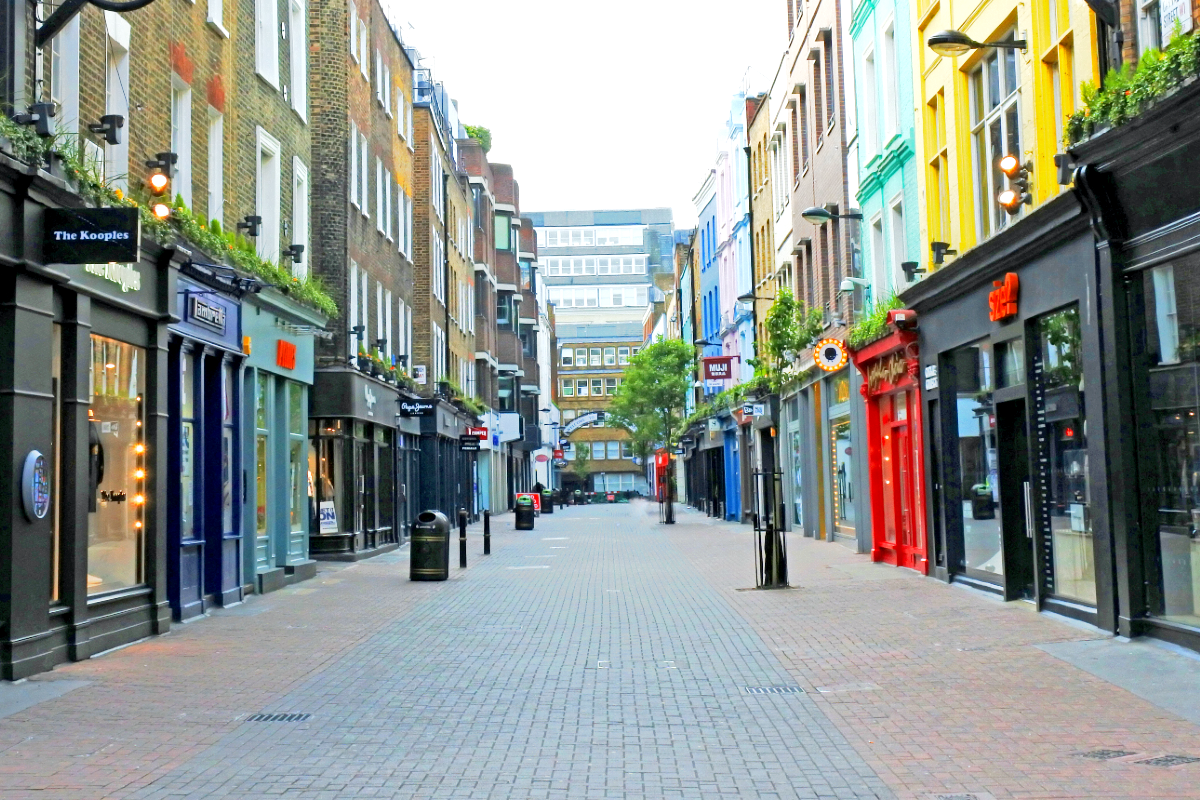 Carnaby Street by Dun.can from Melton Mowbray via Wikimedia Commons