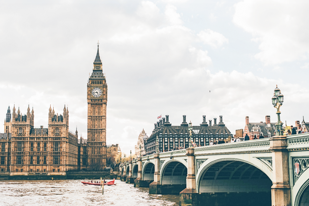 The Elizabeth Tower - Eva Dang on Unsplash